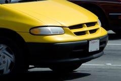 汽车黄色 免版税库存照片