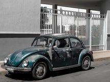 汽车绿色老 免版税库存图片