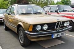 汽车BMW 320 (E21) 库存图片