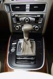 汽车gearstick 图库摄影