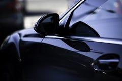 汽车sideview体育运动 免版税库存照片