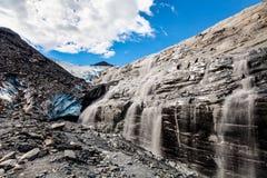 沃辛顿冰川在阿拉斯加 免版税库存照片