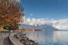 沃韦,瑞士- 2015年10月29日:沃韦和莱芒湖全景  免版税库存图片