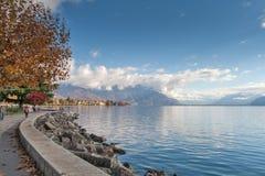 沃韦,瑞士- 2015年10月29日:沃韦和莱芒湖全景  免版税图库摄影