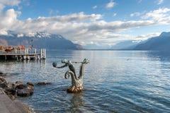 沃韦,瑞士- 2015年10月29日:沃韦和莱芒湖全景  免版税库存照片