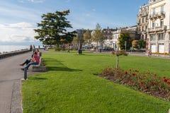 沃韦,瑞士- 2015年10月29日:堤防风景在沃韦,沃州小行政区  免版税库存照片