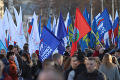 """沃洛格达州,俄罗斯†""""3月10日:克里米亚的示范俄罗斯团聚的2014年3月10日 免版税库存图片"""