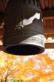 沈默响铃在秋天 库存照片