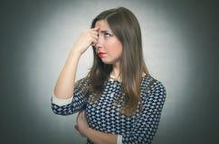 沉思渴望的妇女 女孩担心 免版税图库摄影