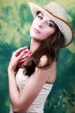 沉思美丽的女孩 免版税库存照片