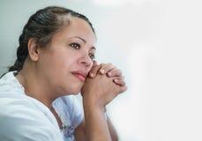 沉思西班牙妇女 免版税库存照片