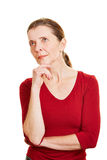 沉思高级妇女认为 免版税图库摄影