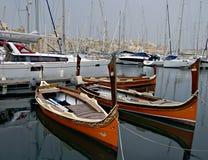 阴沉的晚上在马尔他海岸的地中海 免版税库存照片