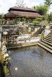 沐浴gajah gua印度尼西亚池的古老巴厘岛 免版税库存照片