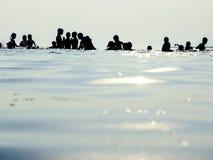 沐浴在安静的水中 库存照片