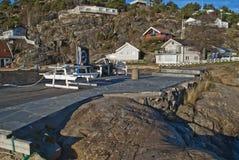 沐浴码头在海滩前 库存照片