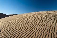 沙丘仿造撒哈拉大沙漠沙子 免版税库存图片