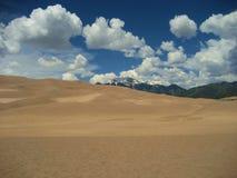 沙丘极大的沙子 库存图片