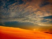 沙丘横向沙子 免版税图库摄影