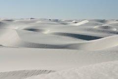 沙丘沙子白色 免版税库存照片