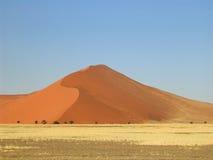 沙丘红色沙子 免版税库存照片