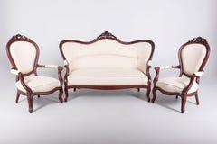沙发和两扶手椅子 免版税库存照片