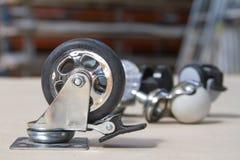 沙发和桌的轮子 家具的路辗 免版税库存照片