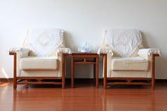 沙发在屋子里 免版税图库摄影