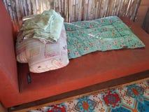 沙发床 免版税图库摄影