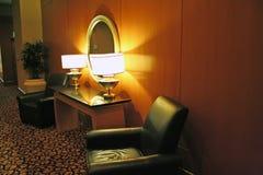 沙发等候室 免版税库存图片