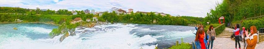 沙夫豪森,瑞士- 2017年5月01日:最大的瀑布在河莱茵的欧洲在瑞士 免版税库存图片