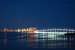 沙子关键桥梁在晚上 库存照片