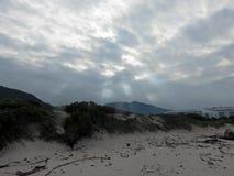 沙子和天空的研究 免版税库存照片