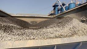 沙子容器在外面沥青工厂 影视素材