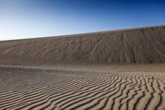 沙子波纹 免版税库存图片
