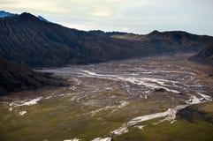 沙子海在Bromo腾格尔破火山口 免版税库存图片