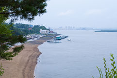 沙子海滩在哈巴罗夫斯克 库存图片
