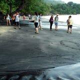 黑沙子海滩凌家卫岛马来西亚 免版税库存图片