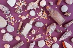 沙子的样式在玻璃瓶的 免版税库存照片