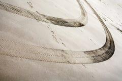 沙子轮胎跟踪 库存照片