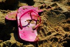沙子鞋子 图库摄影