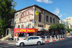 沙拉三明治摊位在里雄莱锡安的老中心 免版税库存照片
