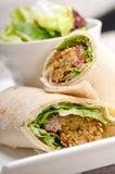 沙拉三明治皮塔饼小圆面包套三明治 免版税库存照片