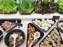 沙拉柜台有益于健康 图库摄影