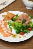jamon开胃菜与菜的 库存照片