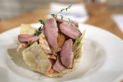 沙拉用烤牛肉 库存图片