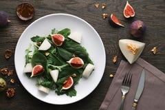 沙拉用瓜和无花果 免版税库存图片