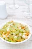 沙拉用芹菜、垂直的红萝卜和的苹果 库存照片