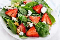 沙拉用草莓 免版税库存图片