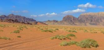 沙漠乔丹兰姆酒旱谷 免版税库存照片